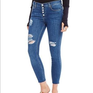 NWOT Free People Reagan Button Front Skinny Jeans